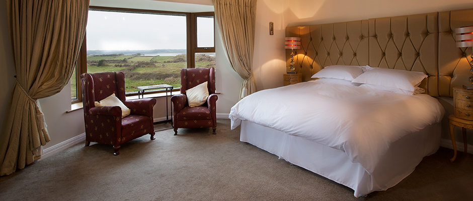 Rosses-Point-bed-and-breakfast-bedroom